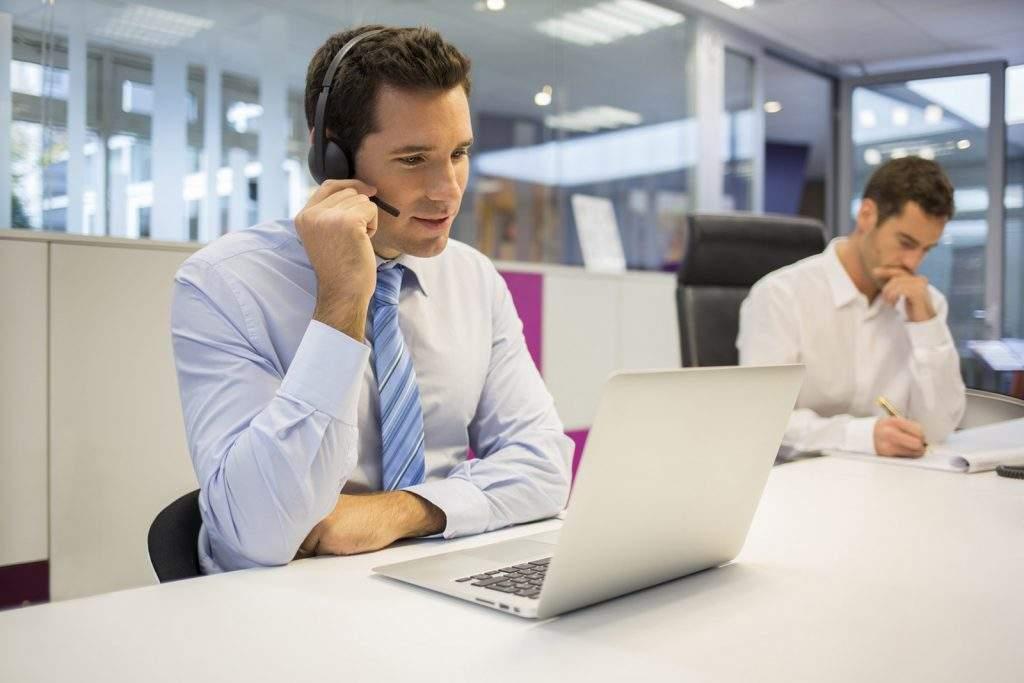 Você sabe como lidar com ligações telefônicas de maneira profissional?