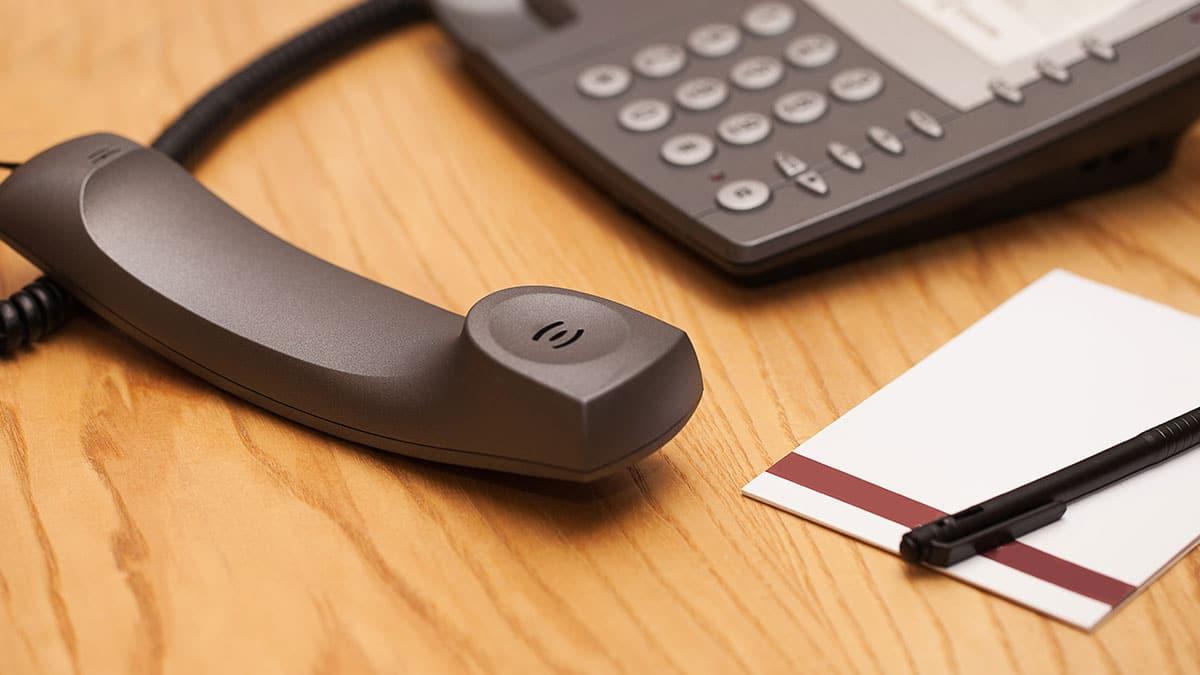 Atendimento Telefônico: Em que dia da semana o telefone mais toca?