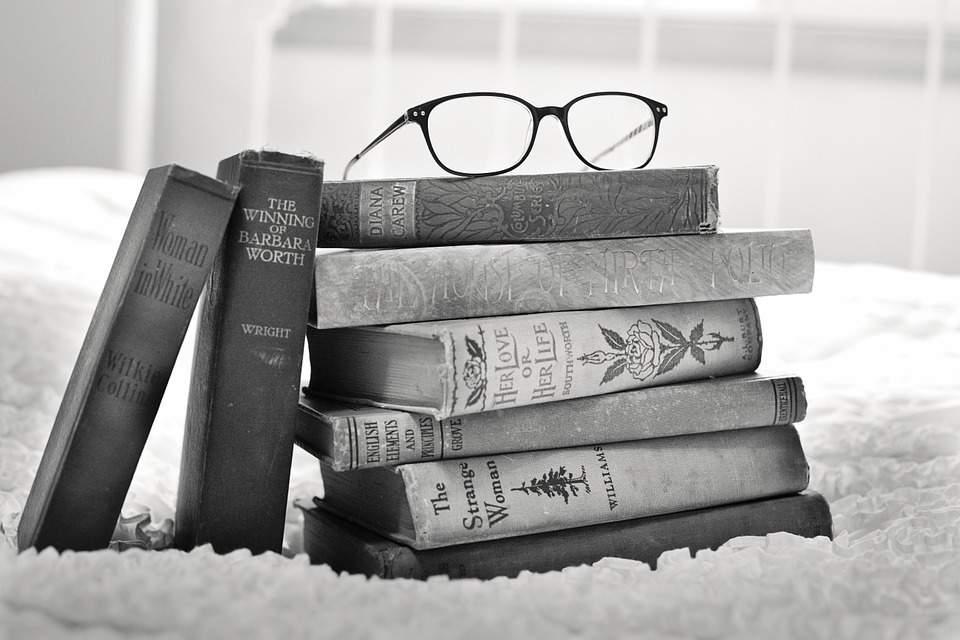 05 livros sobre CARREIRA E GESTÃO que você precisa ter na sua prateleira