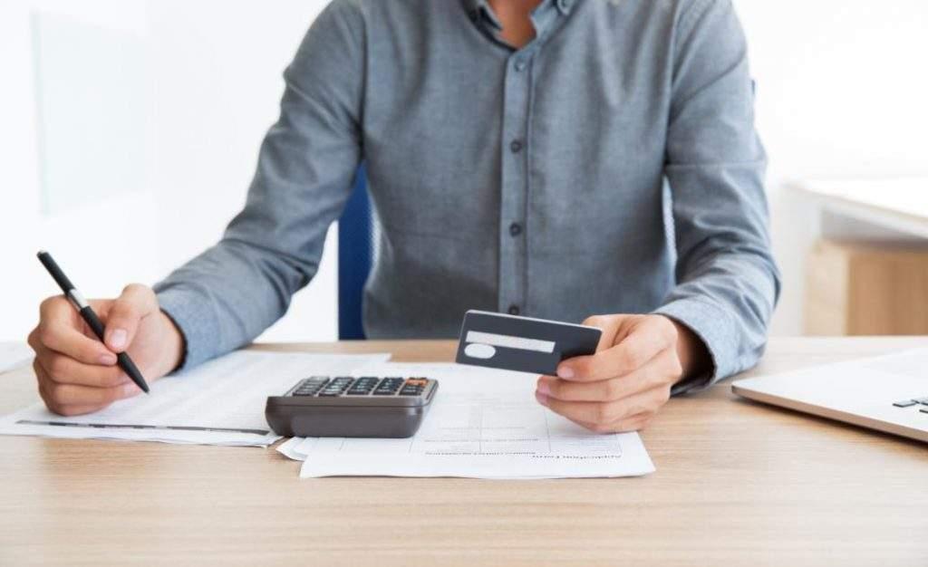 EMPREENDEDOR: Contraiu dívidas? Confira estas 05 dicas para sair do sufoco